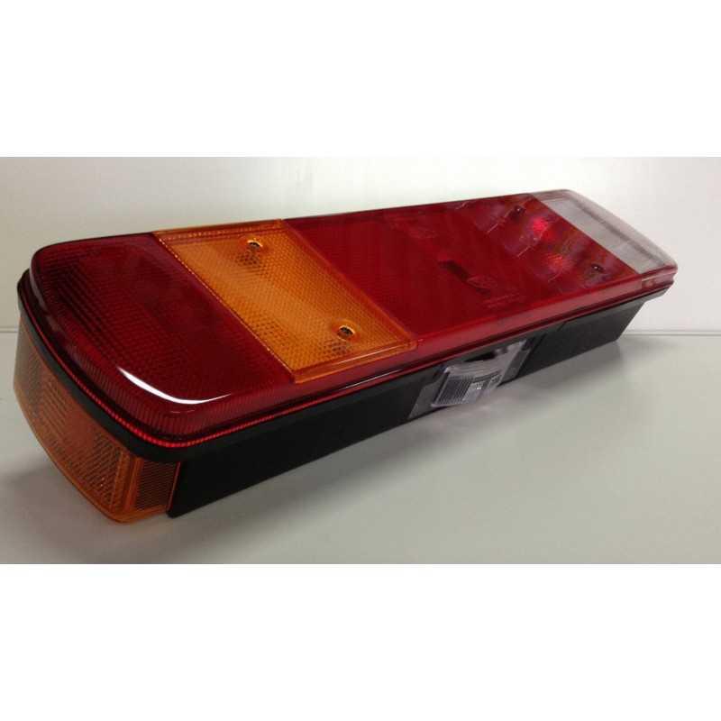 Feu arrière 7 fonctions avec catadioptre, éclaireur de plaque et connecteur latéral, gauche